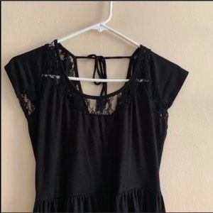 Black high low dress with cap sleeves S